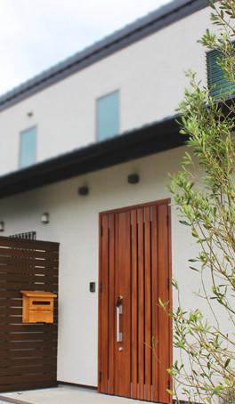 山武杉が美しい。ビルトインガレージのあるスマートハウス